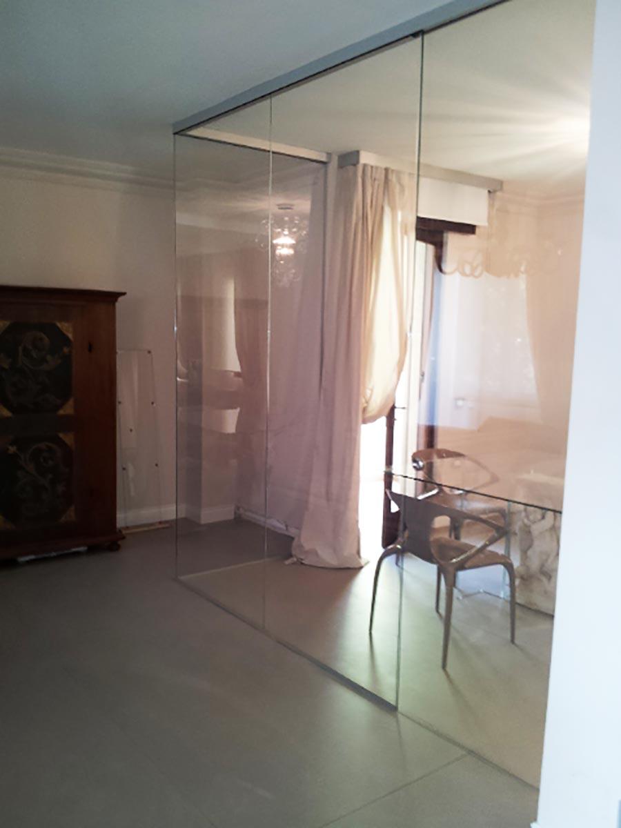 Vetro per arredamento vetreria san francesco padova for Arredamento in vetro